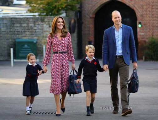 威廉一家人(图源:《每日镜报》)