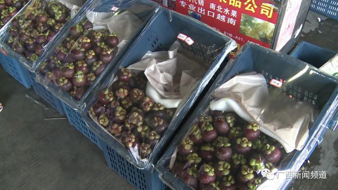 榴莲17元/斤!广西市场泰国水果便宜了,全因为这个操作