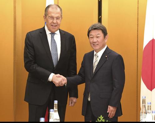日俄外长。(图源:读卖新闻)