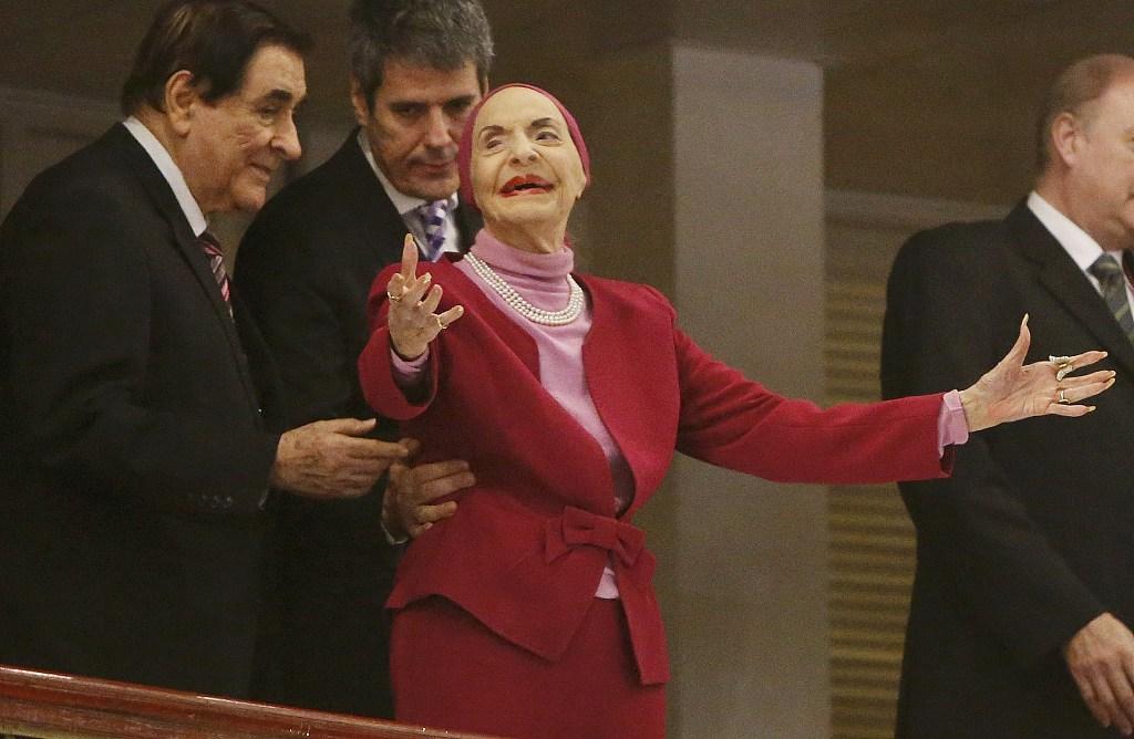 古巴国宝级芭蕾舞传奇阿隆索去世 享年98岁