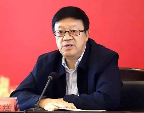中央党校原校委委员、一级教授韩庆祥