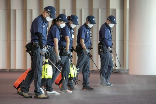 时隔3年韩国重现MERS疫情 仁川机场加强消毒防疫