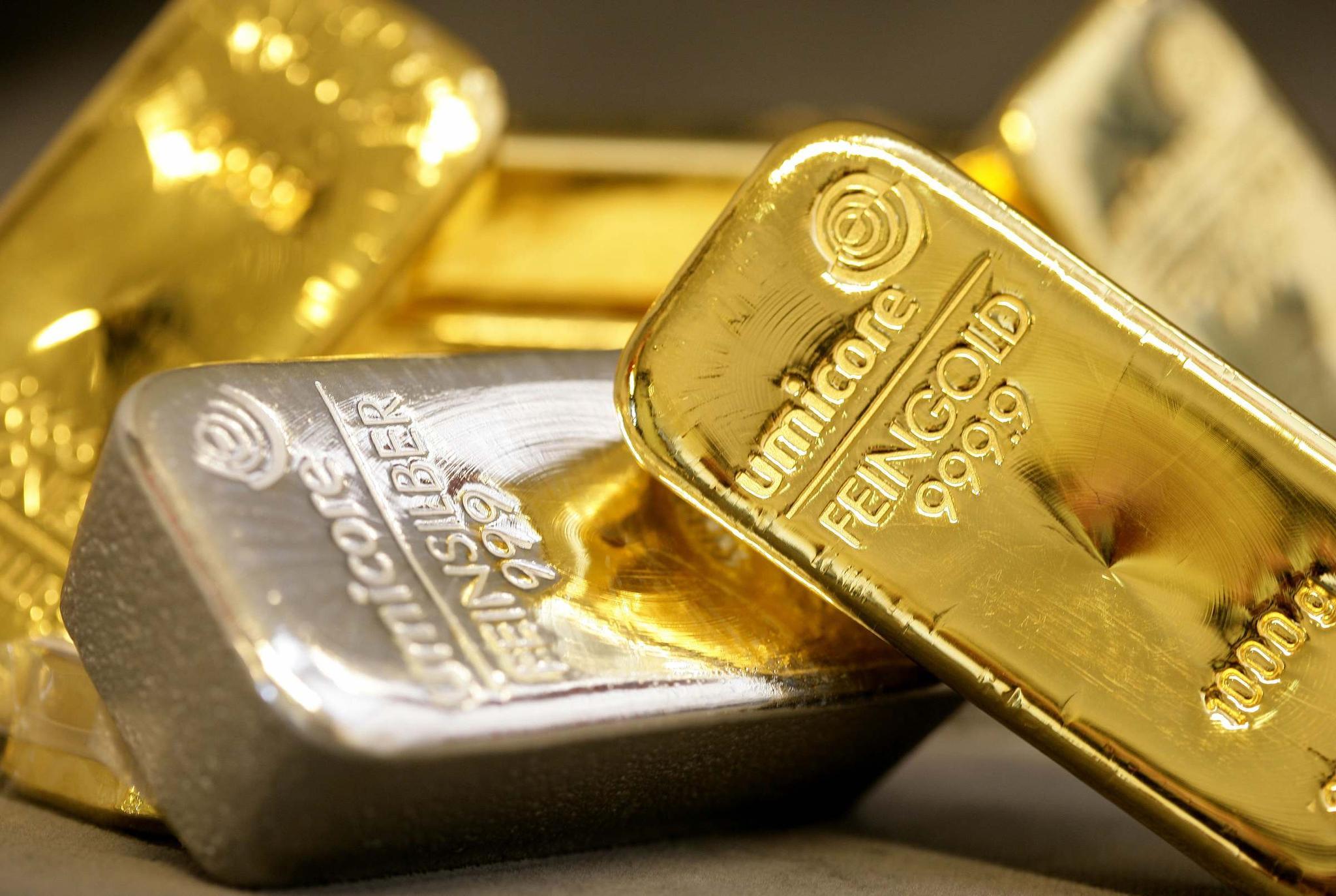 技术指标显示:贵金属市场正处于关键转折点|黄金股