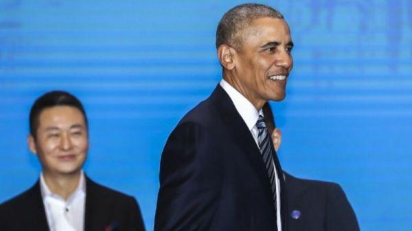 奥巴马在上海(图片源自网络)