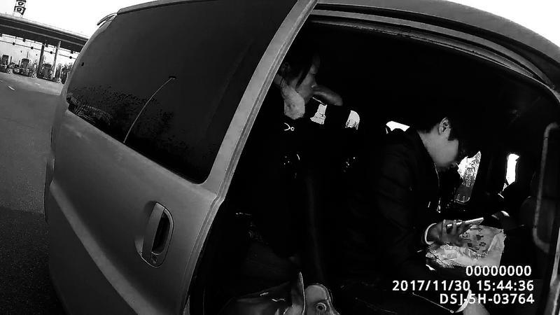 高陵汽车站_陕A牌照面包车核载7人实载15人 严重超员被控制_新浪陕西_新浪网