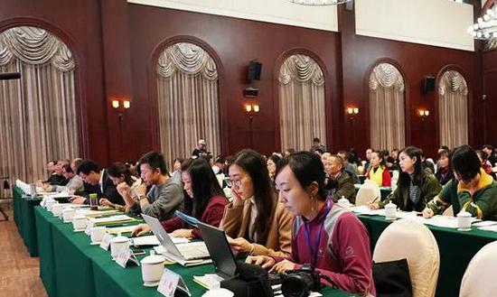 百名学员参加此次中国年画创作营