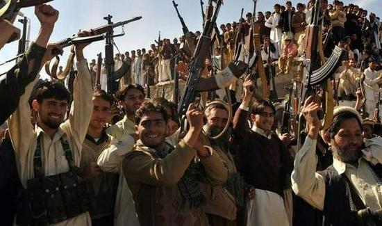 阿富汗總統逃往他國后 塔利班命令部隊進入喀布爾