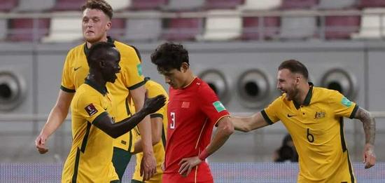 毒奶?越南每天认为国足全面落后 归化球员没提升水平!