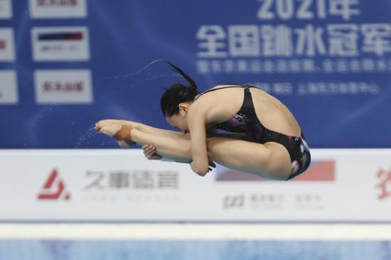 2021全国跳水冠军赛施廷懋夺冠仍不满意:自己发挥得最差的一次!