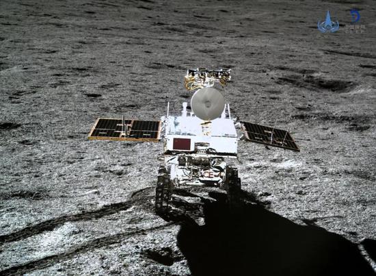 嫦娥四号着陆器与巡视器进入第三月夜