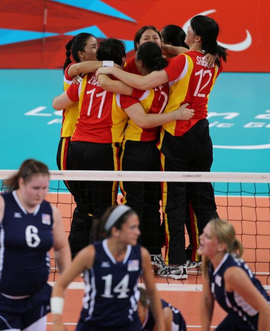 中国坐式排球队首战喜忧参半 女排3-0横扫俄罗斯