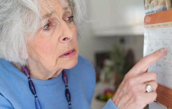阿尔兹海默症与这类蛋白有密不可分的关系。图片来源:图虫创意