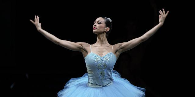 灰姑娘的芭蕾舞表演
