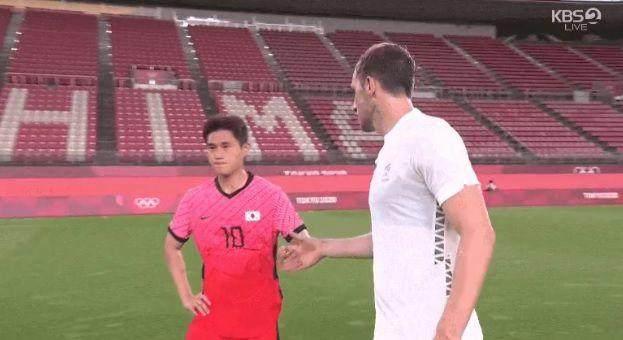 新西兰媒体批韩国球员拒绝握手:没有体育精神