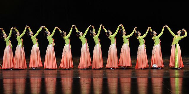 光之美,舞之魅