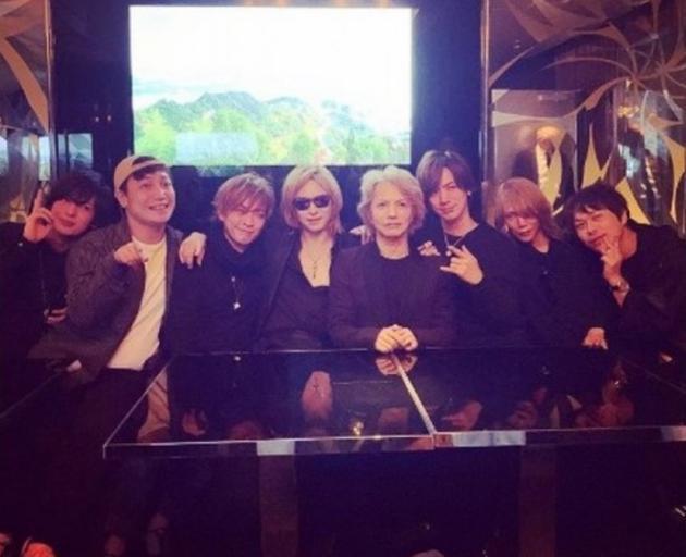 YOSHIKI的Instagram貼出HYDE生日派對照片
