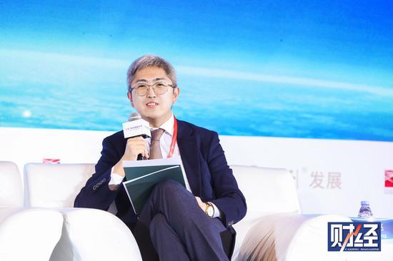 阿里巴巴在香港大涨逾2%创新高市值逼近6000亿美元