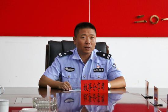 """云南保山交警陈应伟获""""云南十大最美基层民警""""称号"""