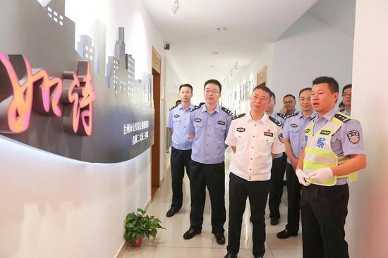 副市长公安局长朱建军督导建党百年交通安保工作